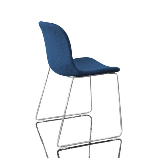 https://res.cloudinary.com/clippings/image/upload/t_big/dpr_auto,f_auto,w_auto/v1493982971/products/troy-stacking-chair-sledge-base-fully-upholstered-set-of-2-divina-md-773-fabric-and-chromed-base-magis-design-marcel-wanders-clippings-8911931.jpg
