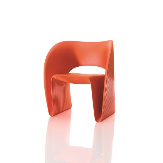 https://res.cloudinary.com/clippings/image/upload/t_big/dpr_auto,f_auto,w_auto/v1494404057/products/raviolo-chair-orange-magis-design-ron-arad-clippings-8916531.jpg