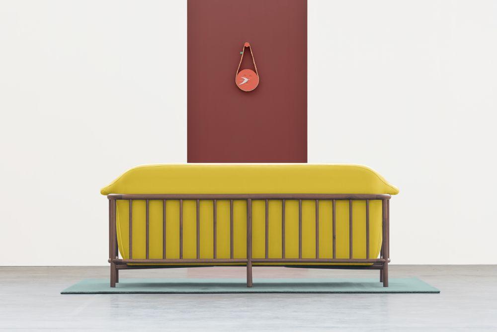 Valentim sofa / Walnut + Step (Dry Yellow)