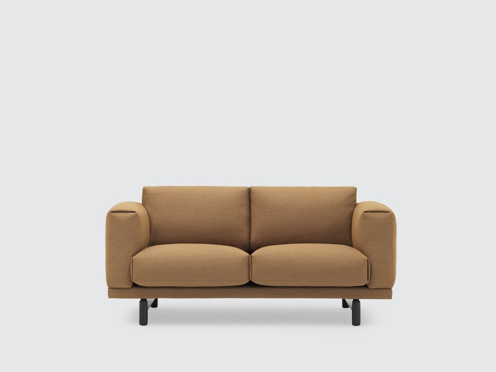 https://res.cloudinary.com/clippings/image/upload/t_big/dpr_auto,f_auto,w_auto/v1495026168/products/rest-studio-sofa-muuto-anderssen-voll-clippings-8938331.jpg