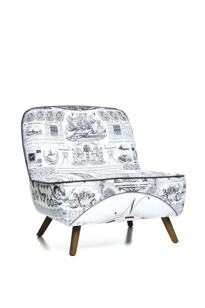 https://res.cloudinary.com/clippings/image/upload/t_big/dpr_auto,f_auto,w_auto/v1496060247/products/cocktail-lounge-chair-heritage-fabric-wood-stained-cinnamon-moooi-marcel-wanders-clippings-8970831.jpg