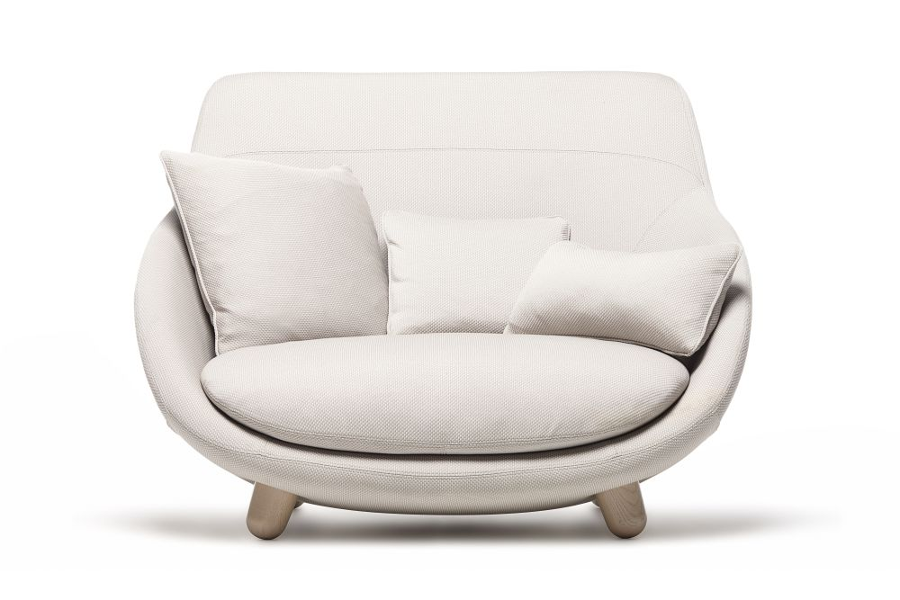 https://res.cloudinary.com/clippings/image/upload/t_big/dpr_auto,f_auto,w_auto/v1496135607/products/love-sofa-with-high-back-moooi-white-washed-trickle-flour-moooi-marcel-wanders-clippings-8974341.jpg