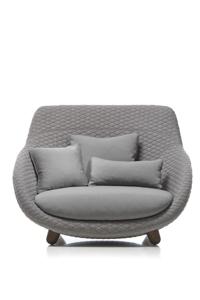 https://res.cloudinary.com/clippings/image/upload/t_big/dpr_auto,f_auto,w_auto/v1496135631/products/love-sofa-with-high-back-moooi-cinnamon-moooi-summit-uni-graphite-moooi-marcel-wanders-clippings-8974381.jpg