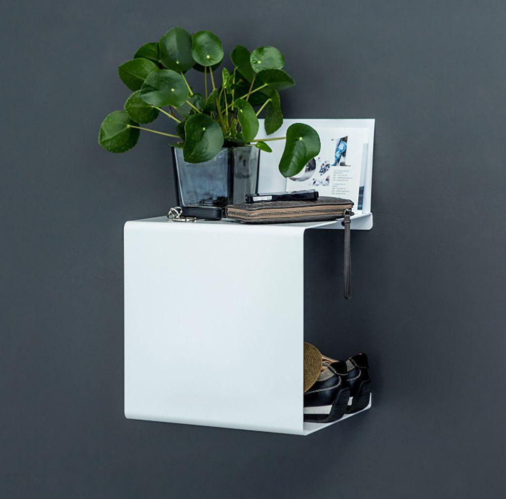 Showcase#0 Shelf by Anne Linde
