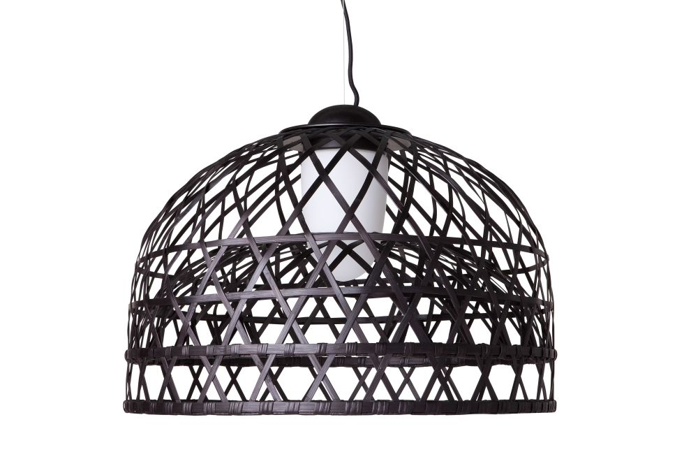 https://res.cloudinary.com/clippings/image/upload/t_big/dpr_auto,f_auto,w_auto/v1496732417/products/emperor-pendant-light-moooi-ral-9005-small-moooi-neri-hu-clippings-9002811.jpg