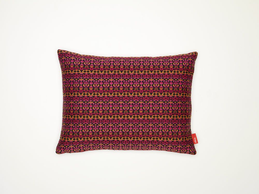 Arabesque Classic Pillows Maharam by Vitra