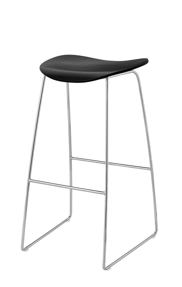 https://res.cloudinary.com/clippings/image/upload/t_big/dpr_auto,f_auto,w_auto/v1500453058/products/gubi-2d-bar-stool-sledge-base-unupholstered-gubi-komplot-design-clippings-9268511.jpg