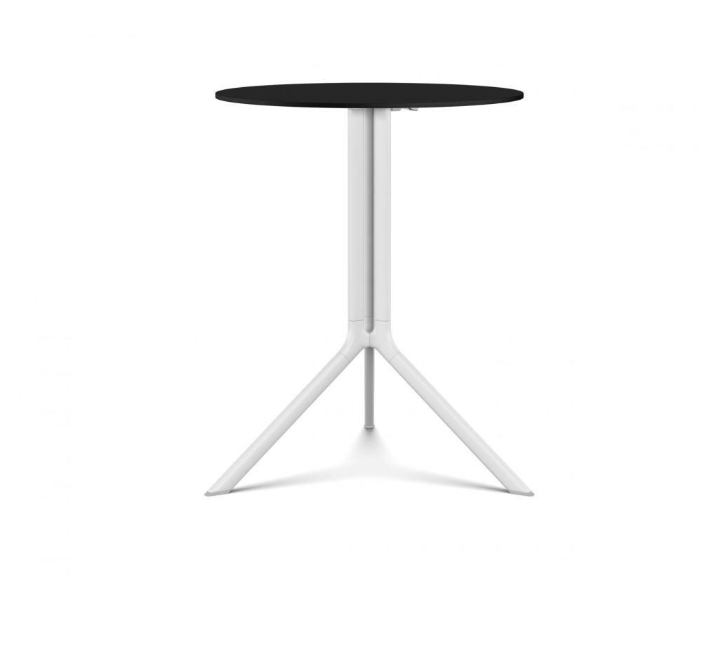 https://res.cloudinary.com/clippings/image/upload/t_big/dpr_auto,f_auto,w_auto/v1501728545/products/poule-round-table-tip-up-top-kristalia-patrick-norguet-clippings-9331231.jpg