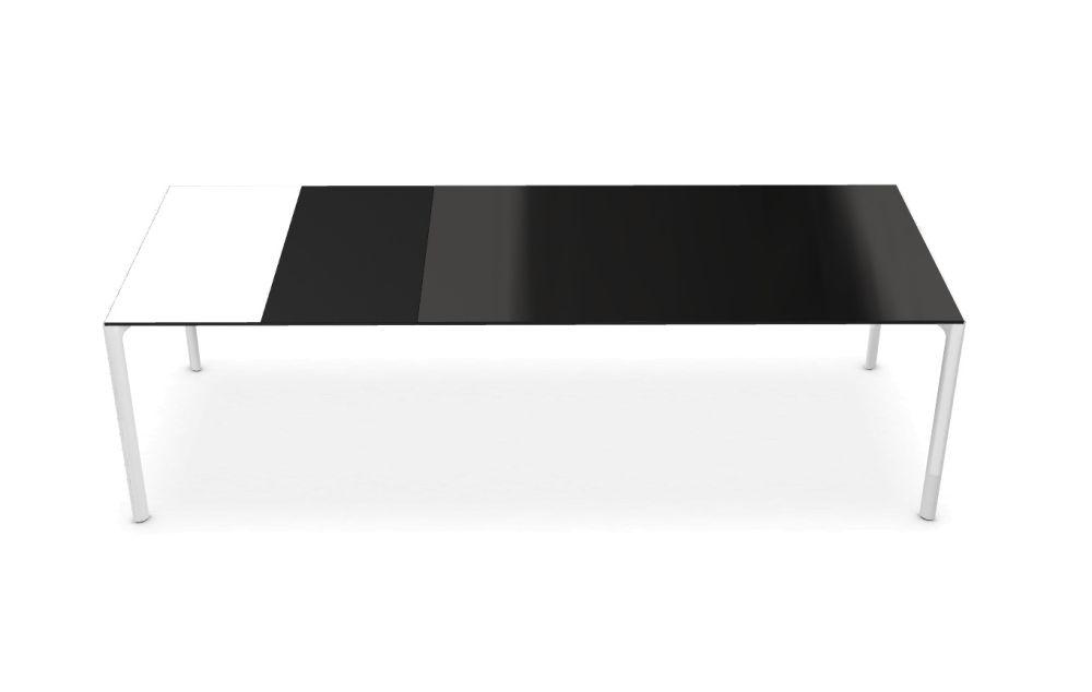 https://res.cloudinary.com/clippings/image/upload/t_big/dpr_auto,f_auto,w_auto/v1502101565/products/maki-glass-extensible-depth-100-kristalia-bartoli-design-clippings-9343881.jpg