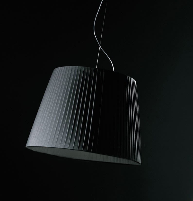 https://res.cloudinary.com/clippings/image/upload/t_big/dpr_auto,f_auto,w_auto/v1502876720/products/royal-suspension-lamp-blux-david-abad-clippings-9368601.jpg