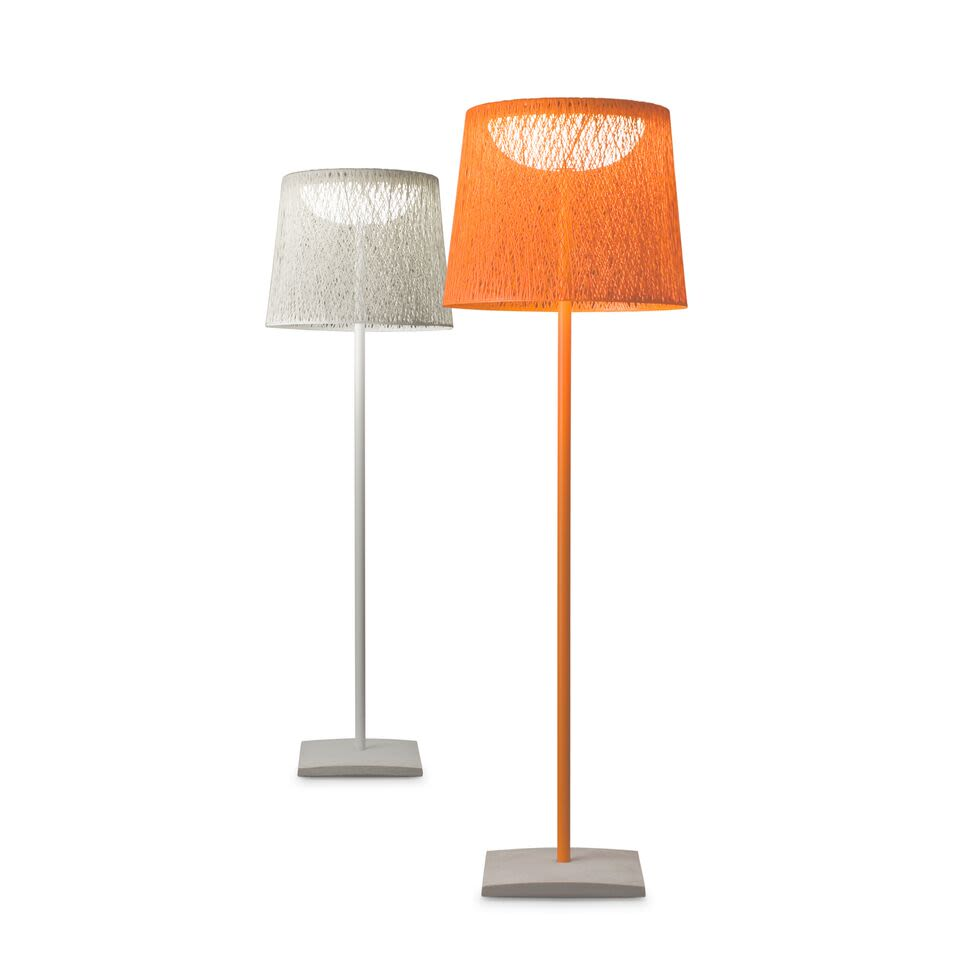 https://res.cloudinary.com/clippings/image/upload/t_big/dpr_auto,f_auto,w_auto/v1502956943/products/wind-floor-lamp-vibia-jordi-vilardell-clippings-9371231.jpg