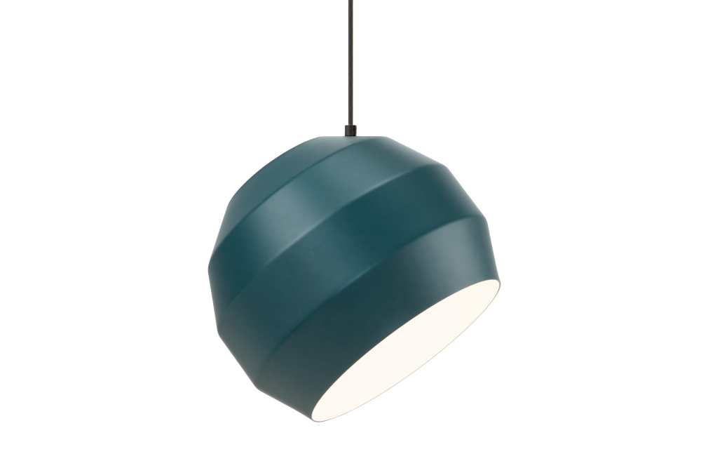 https://res.cloudinary.com/clippings/image/upload/t_big/dpr_auto,f_auto,w_auto/v1503572267/products/pitch-pendant-light-vitamin-clippings-9387011.png