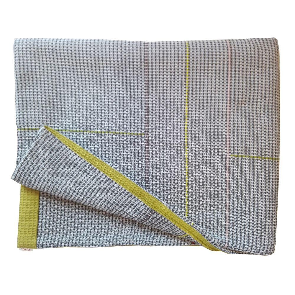 dishcloth,kitchen towel,linens,textile,yellow