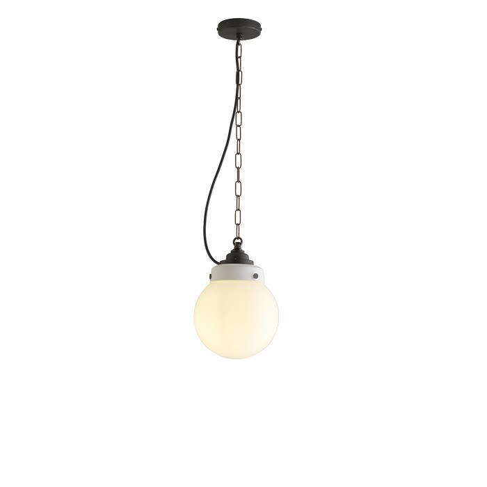 https://res.cloudinary.com/clippings/image/upload/t_big/dpr_auto,f_auto,w_auto/v1504594859/products/hampton-pendant-light-davey-lighting-clippings-9408911.jpg