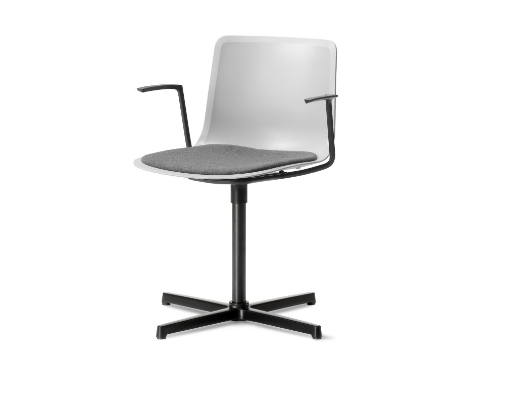 https://res.cloudinary.com/clippings/image/upload/t_big/dpr_auto,f_auto,w_auto/v1504778630/products/pato-swivel-armchair-with-seat-upholstery-fredericia-welling-ludvik-clippings-9428421.jpg