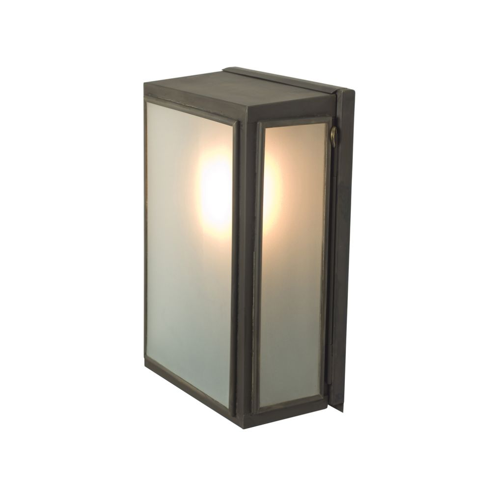 https://res.cloudinary.com/clippings/image/upload/t_big/dpr_auto,f_auto,w_auto/v1504781117/products/box-wall-light-externally-glazed-davey-lighting-clippings-9432771.jpg