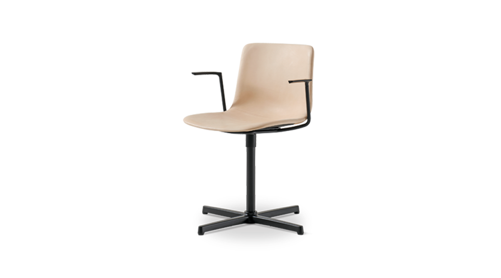 https://res.cloudinary.com/clippings/image/upload/t_big/dpr_auto,f_auto,w_auto/v1504782128/products/pato-swivel-armchair-fully-upholstered-fredericia-welling-ludvik-clippings-9432991.png