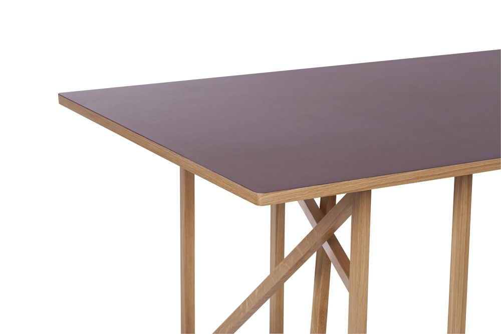 https://res.cloudinary.com/clippings/image/upload/t_big/dpr_auto,f_auto,w_auto/v1504798003/products/1x1-trestle-dining-table-another-brand-studiomama-clippings-9434491.jpg