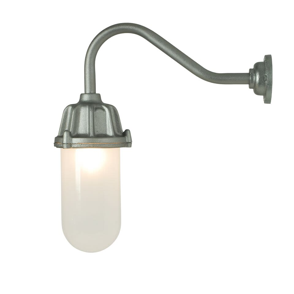 https://res.cloudinary.com/clippings/image/upload/t_big/dpr_auto,f_auto,w_auto/v1504858454/products/dockside-wall-light-7674-davey-lighting-clippings-9435901.jpg