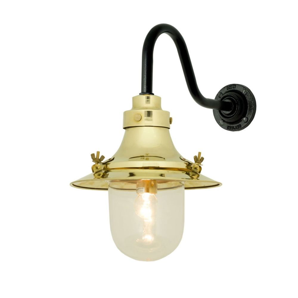 https://res.cloudinary.com/clippings/image/upload/t_big/dpr_auto,f_auto,w_auto/v1505374913/products/ships-small-decklight-wall-light-7125-davey-lighting-clippings-9451021.jpg