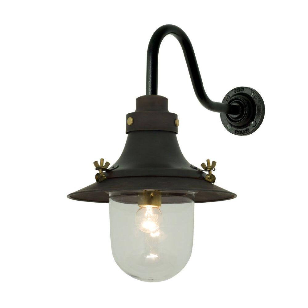 https://res.cloudinary.com/clippings/image/upload/t_big/dpr_auto,f_auto,w_auto/v1505375399/products/ships-small-decklight-wall-light-7125-davey-lighting-clippings-9451251.jpg