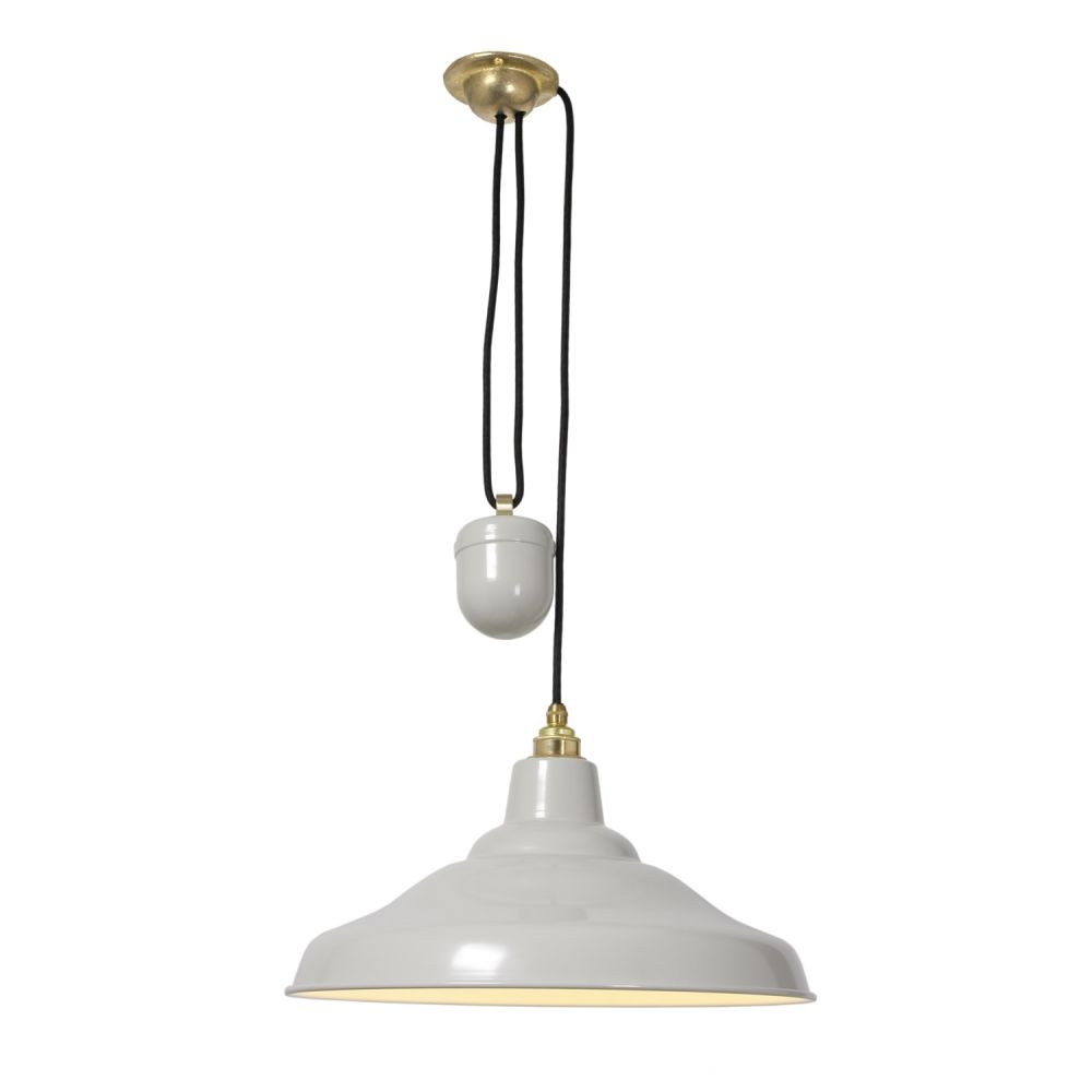 https://res.cloudinary.com/clippings/image/upload/t_big/dpr_auto,f_auto,w_auto/v1505375818/products/rise-and-fall-school-pendant-light-7200-davey-lighting-clippings-9451321.jpg