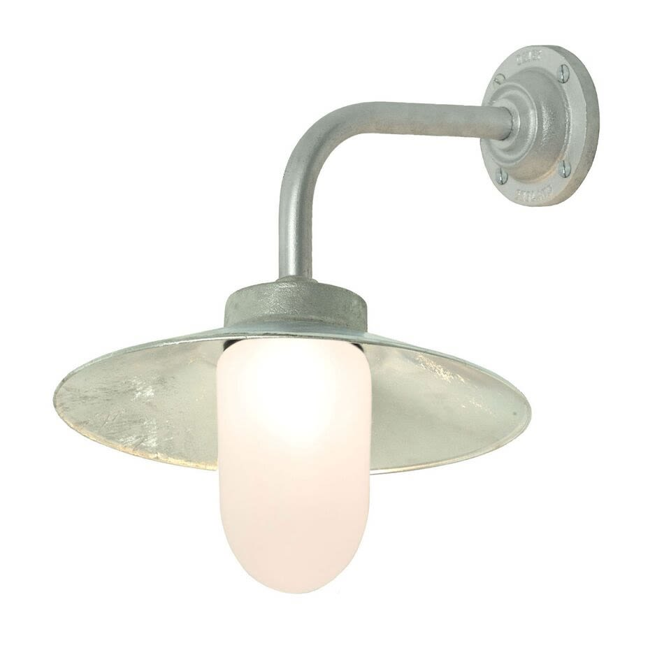 https://res.cloudinary.com/clippings/image/upload/t_big/dpr_auto,f_auto,w_auto/v1505377173/products/exterior-bracket-light-right-angle-round-7680-davey-lighting-clippings-9451771.jpg