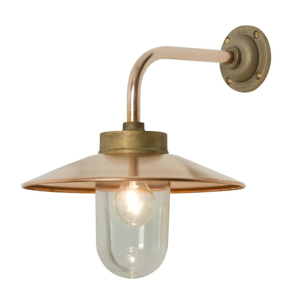 https://res.cloudinary.com/clippings/image/upload/t_big/dpr_auto,f_auto,w_auto/v1505377173/products/exterior-bracket-light-right-angle-round-7680-davey-lighting-clippings-9451781.jpg