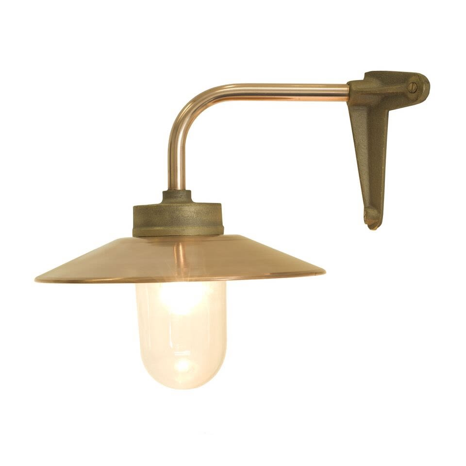 https://res.cloudinary.com/clippings/image/upload/t_big/dpr_auto,f_auto,w_auto/v1505378100/products/exterior-bracket-light-canted-right-angle-7680-davey-lighting-clippings-9451941.jpg