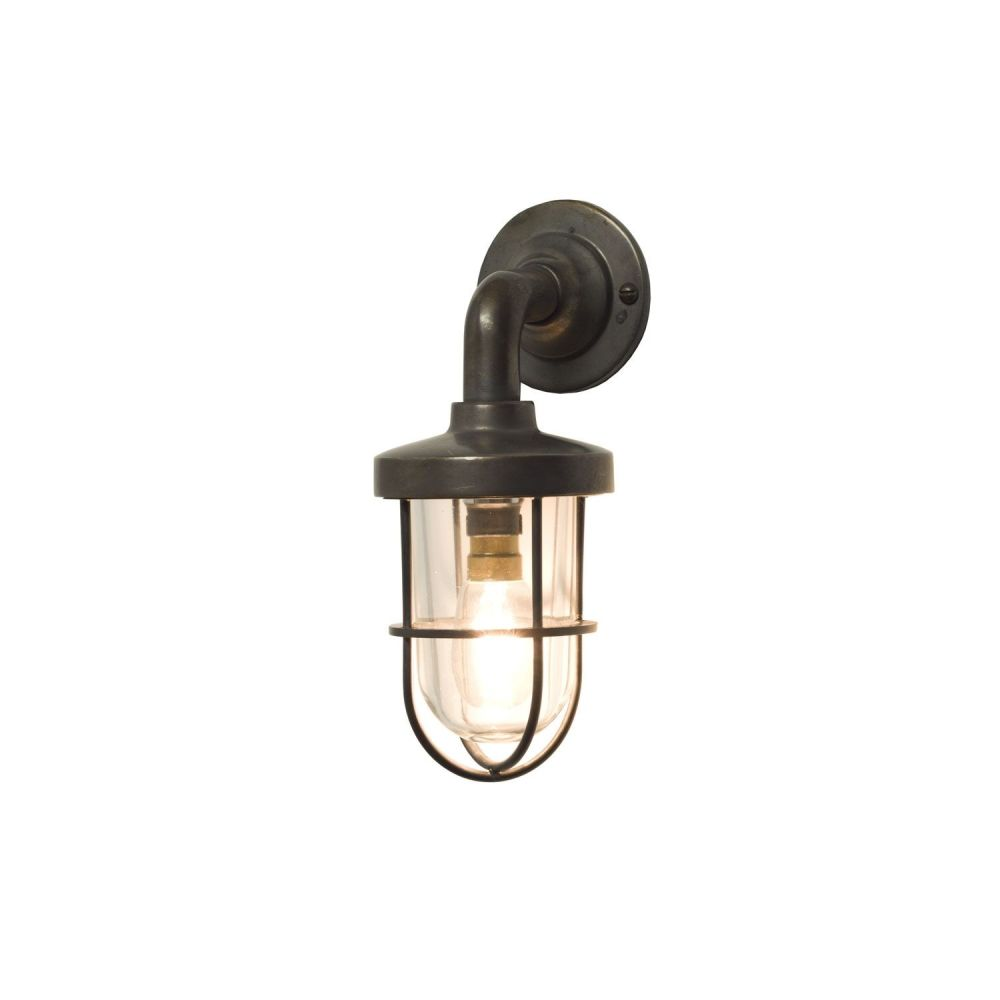 https://res.cloudinary.com/clippings/image/upload/t_big/dpr_auto,f_auto,w_auto/v1505381413/products/miniature-weatherproof-ships-well-glass-light-7207-weathered-brass-clear-glass-davey-lighting-clippings-9433051.jpg