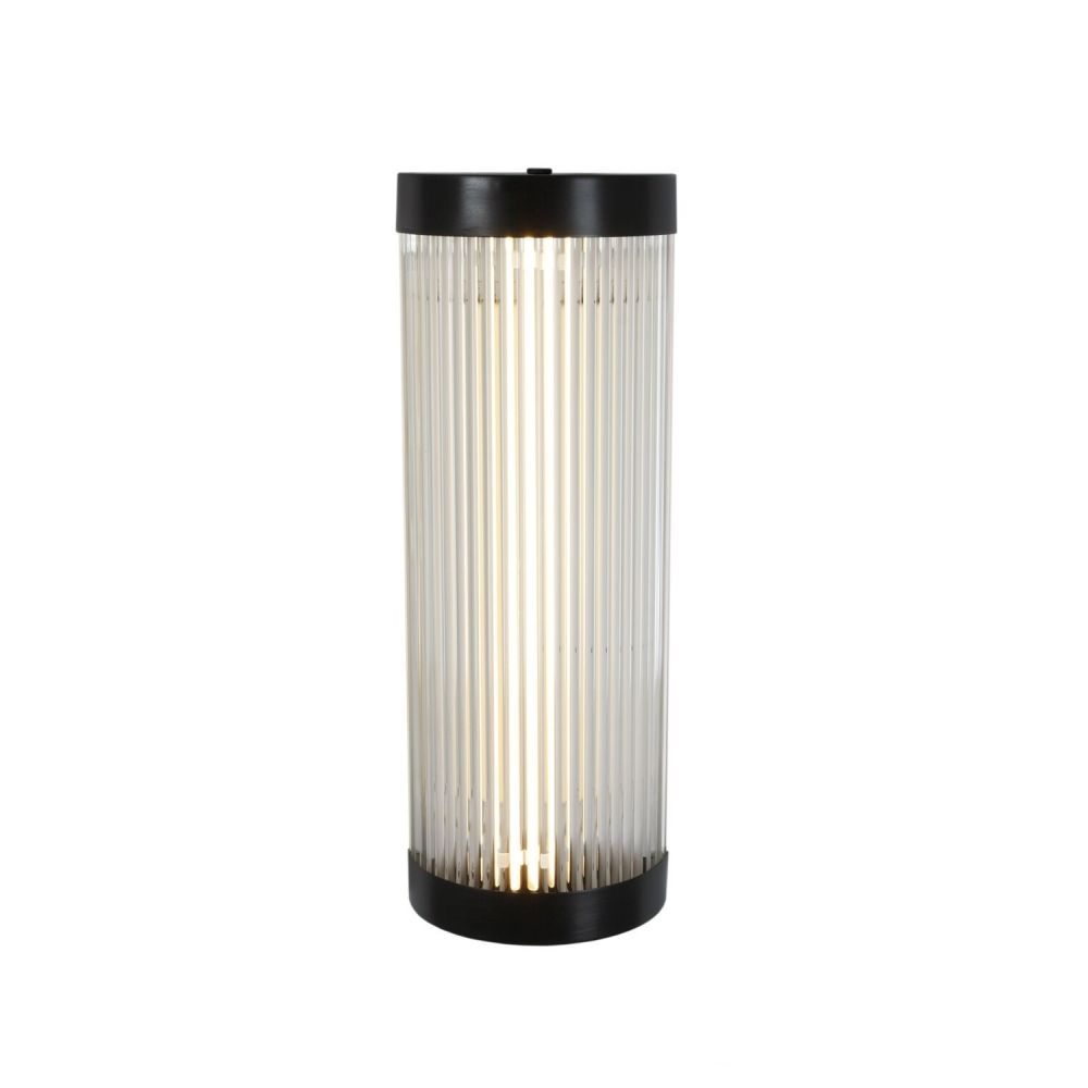 https://res.cloudinary.com/clippings/image/upload/t_big/dpr_auto,f_auto,w_auto/v1505382666/products/wide-pillar-light-7210-led-weathered-brass-40-davey-lighting-clippings-9433671.jpg