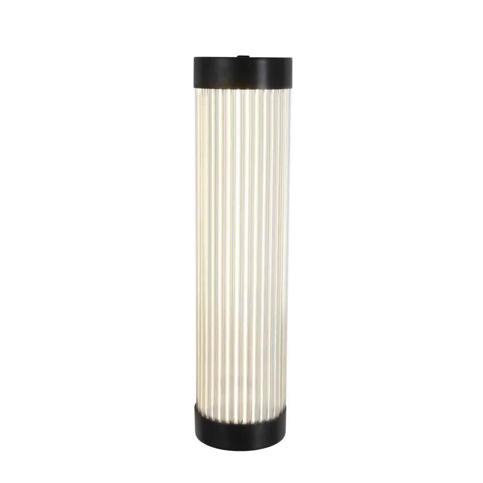 https://res.cloudinary.com/clippings/image/upload/t_big/dpr_auto,f_auto,w_auto/v1505383217/products/narrow-pillar-light-7211-led-weathered-brass-40-davey-lighting-clippings-9433751.jpg