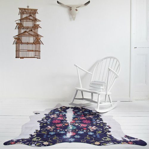https://res.cloudinary.com/clippings/image/upload/t_big/dpr_auto,f_auto,w_auto/v1505745949/products/gypsy-cowhide-rug-mineheart-mineheart-clippings-9464661.jpg