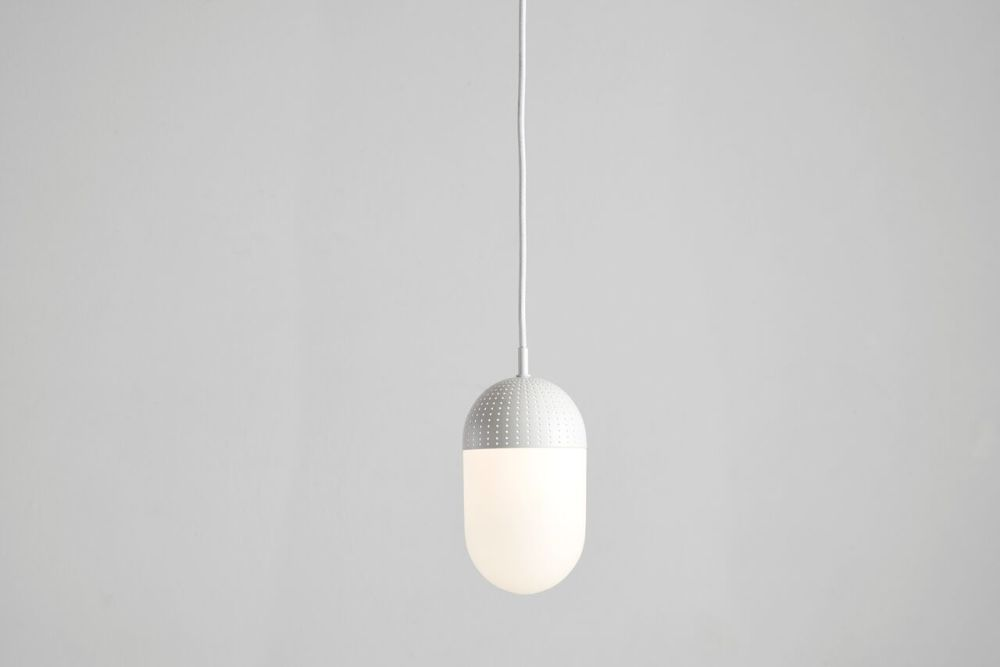 https://res.cloudinary.com/clippings/image/upload/t_big/dpr_auto,f_auto,w_auto/v1507187966/products/dot-pendant-light-large-woud-rikke-frost-clippings-9509131.jpg
