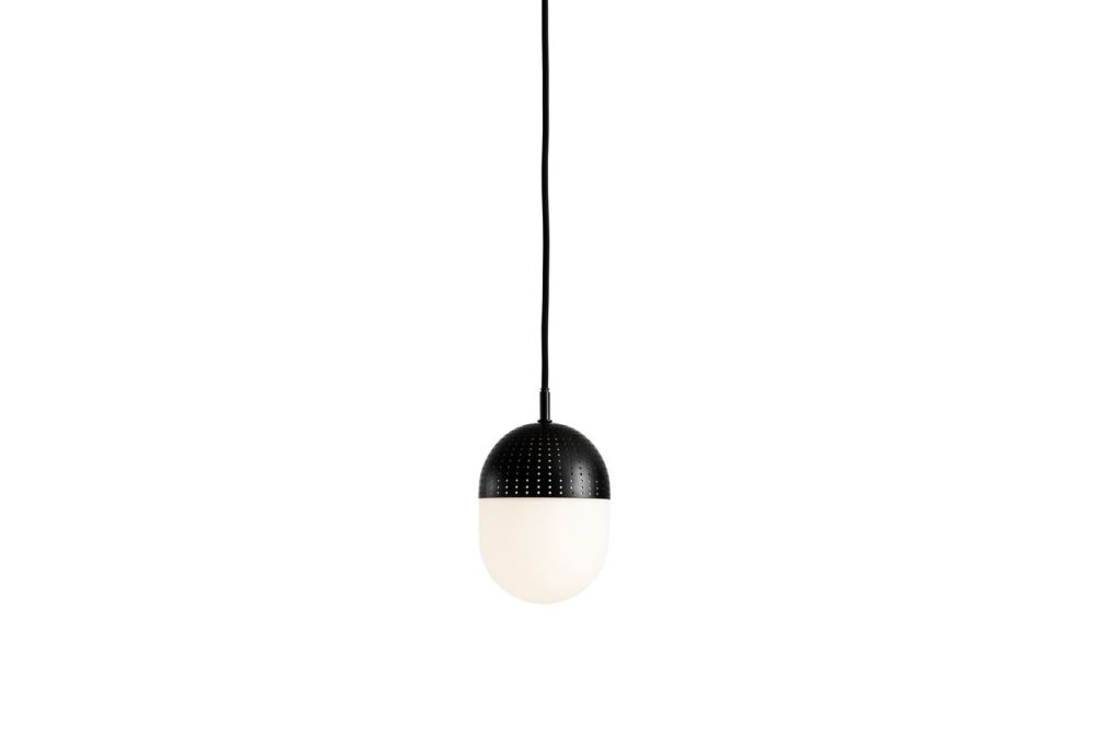 https://res.cloudinary.com/clippings/image/upload/t_big/dpr_auto,f_auto,w_auto/v1507188306/products/dot-pendant-light-medium-woud-rikke-frost-clippings-9509261.jpg