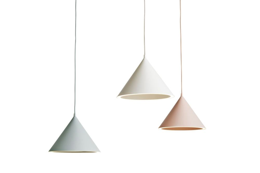 https://res.cloudinary.com/clippings/image/upload/t_big/dpr_auto,f_auto,w_auto/v1507193621/products/annular-pendant-light-small-set-of-2-woud-m-s-d-s-clippings-9510691.jpg