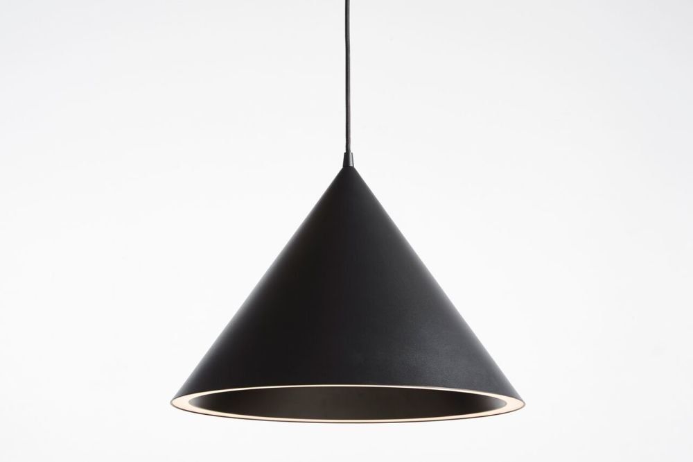 https://res.cloudinary.com/clippings/image/upload/t_big/dpr_auto,f_auto,w_auto/v1507193881/products/annular-pendant-light-large-woud-m-s-d-s-clippings-9510861.jpg