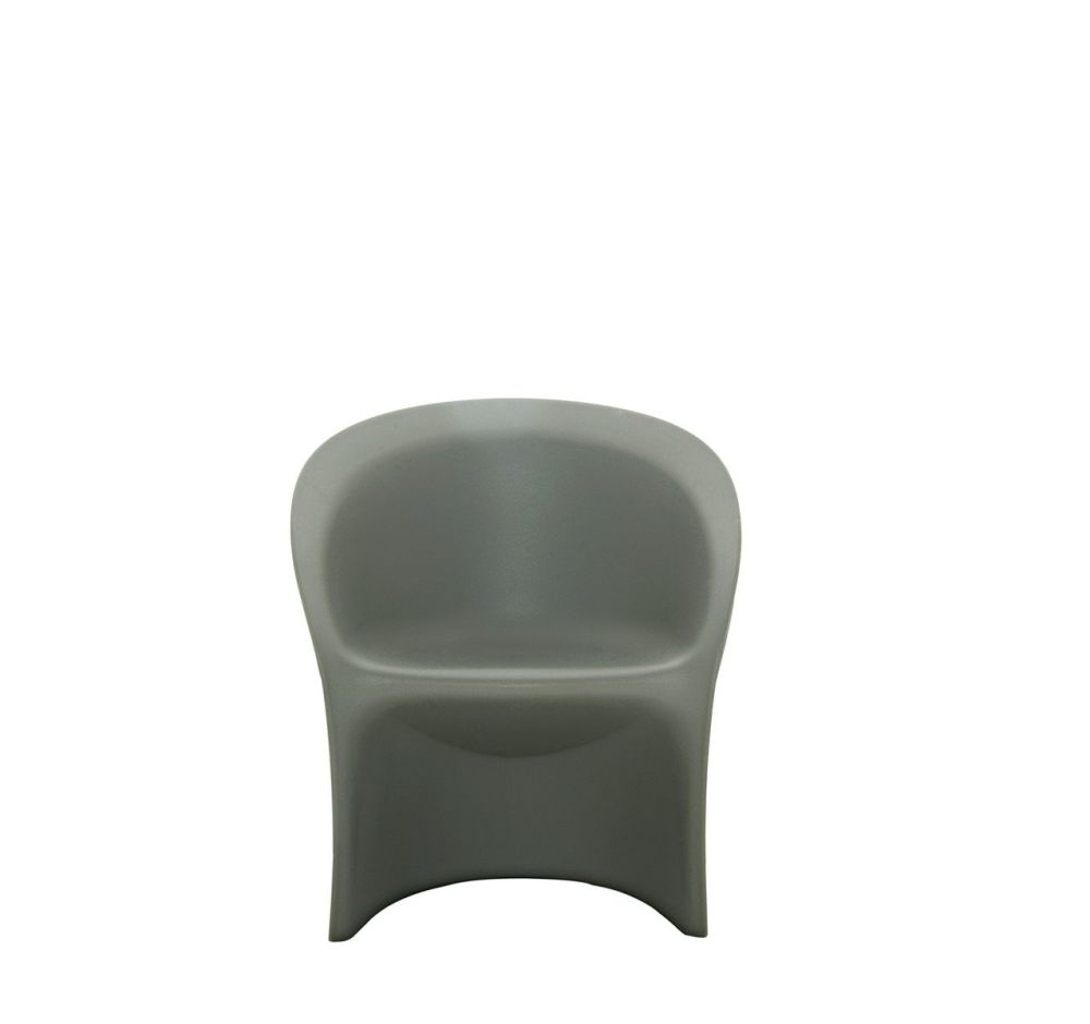 https://res.cloudinary.com/clippings/image/upload/t_big/dpr_auto,f_auto,w_auto/v1507626496/products/modesty-veiled-armchair-driade-italo-rota-clippings-9530031.jpg