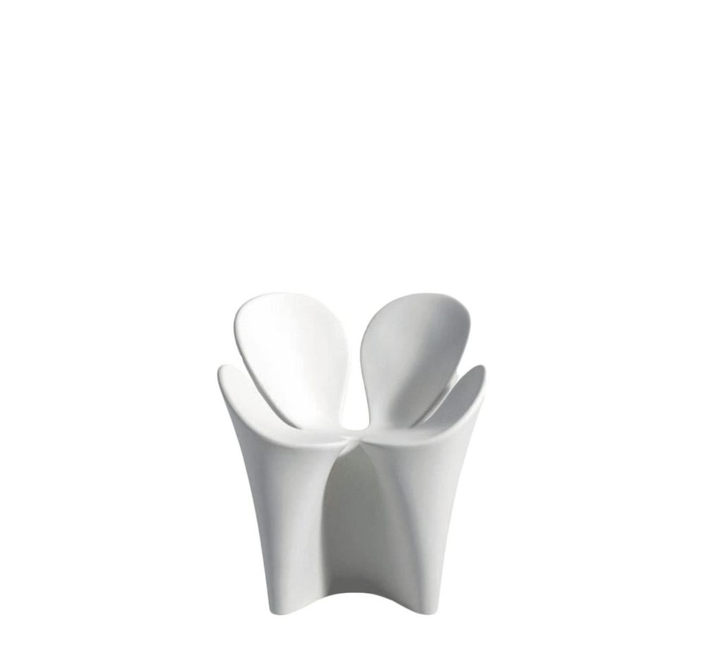 https://res.cloudinary.com/clippings/image/upload/t_big/dpr_auto,f_auto,w_auto/v1507627143/products/clover-armchair-driade-ron-arad-clippings-9530251.jpg