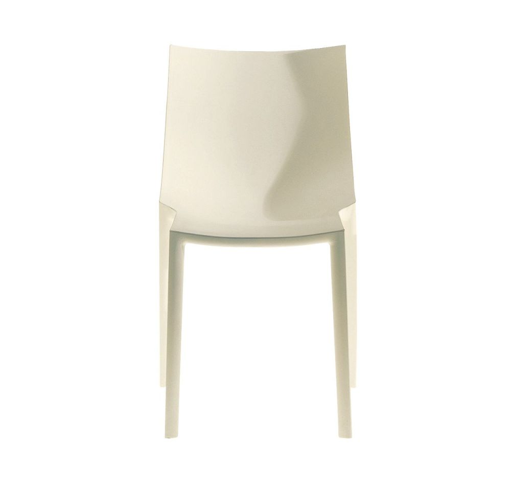 https://res.cloudinary.com/clippings/image/upload/t_big/dpr_auto,f_auto,w_auto/v1507629307/products/bo-chair-driade-philippe-starck-clippings-9530611.jpg