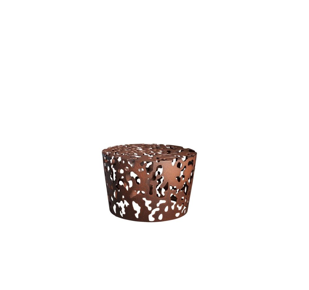 https://res.cloudinary.com/clippings/image/upload/t_big/dpr_auto,f_auto,w_auto/v1507632386/products/camouflage-coffee-table-driade-fredrikson-stallard-clippings-9531091.jpg