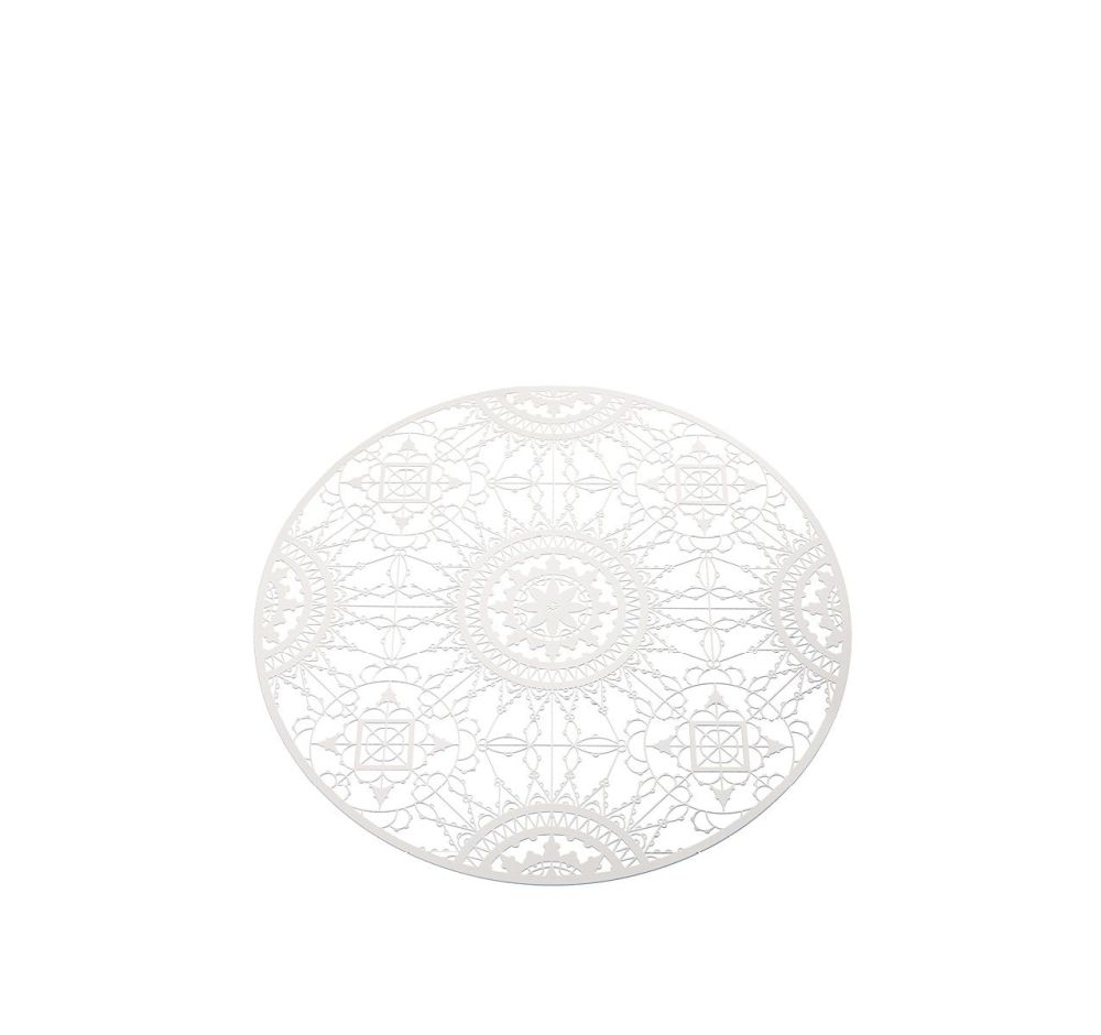 https://res.cloudinary.com/clippings/image/upload/t_big/dpr_auto,f_auto,w_auto/v1508145932/products/italic-lace-round-placemat-driade-maurizio-galante-tal-lancman-clippings-9545651.jpg