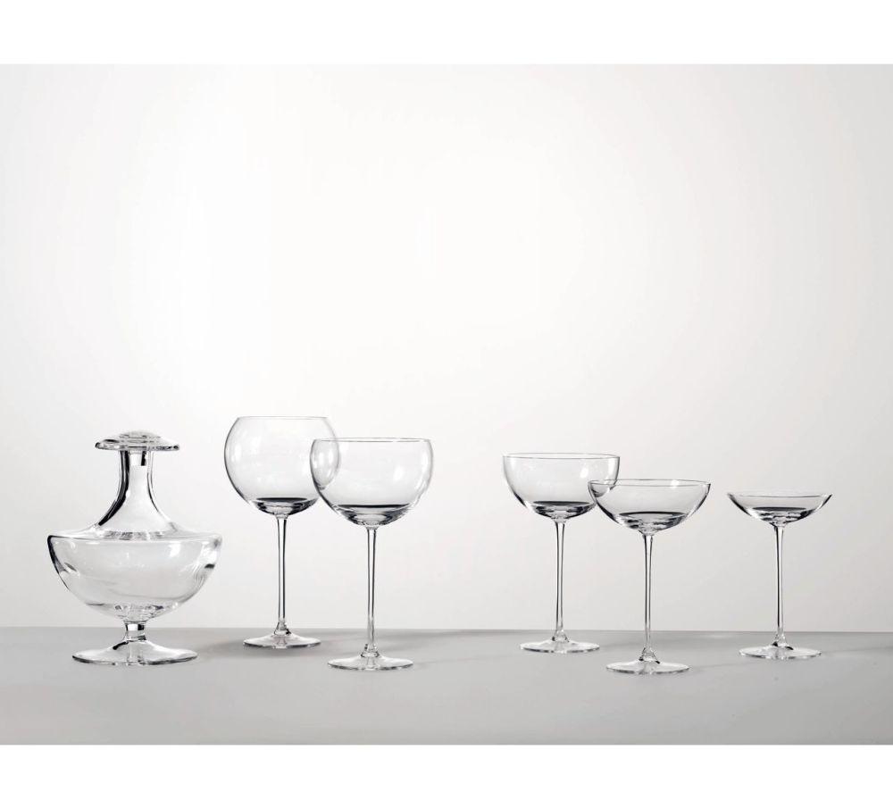 https://res.cloudinary.com/clippings/image/upload/t_big/dpr_auto,f_auto,w_auto/v1508380873/products/la-sfera-wine-jug-driade-ron-gilad-clippings-9561121.jpg