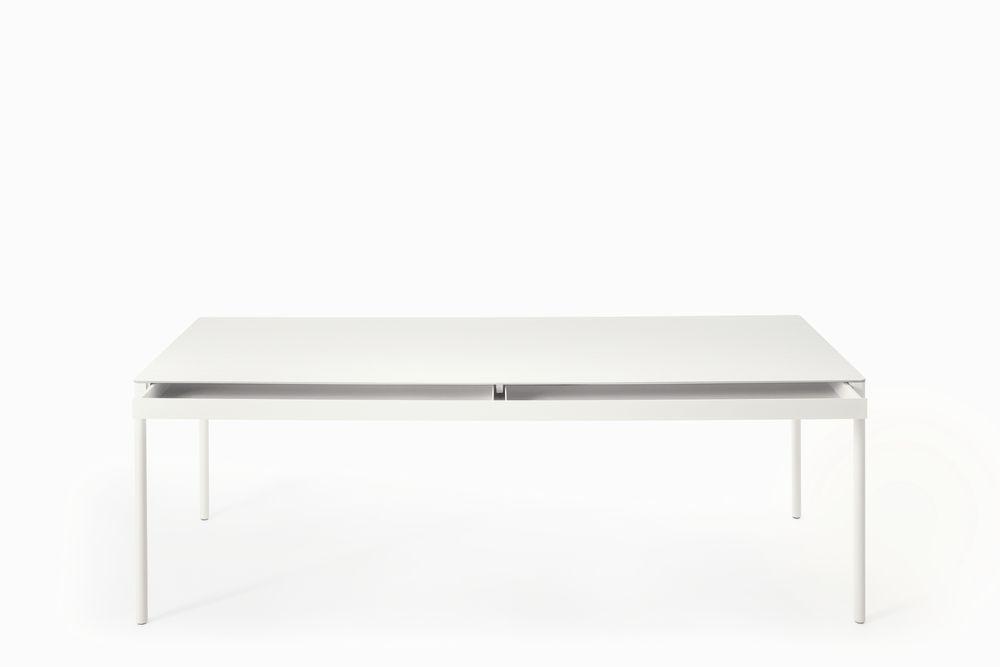 https://res.cloudinary.com/clippings/image/upload/t_big/dpr_auto,f_auto,w_auto/v1509014071/products/icaro-015-small-table-desalto-caronni-bonanomi-clippings-9590991.jpg