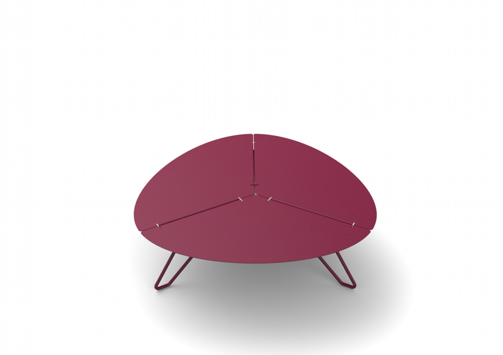 https://res.cloudinary.com/clippings/image/upload/t_big/dpr_auto,f_auto,w_auto/v1509420063/products/loo-low-triangular-table-mati%C3%A8re-grise-clippings-9599291.png