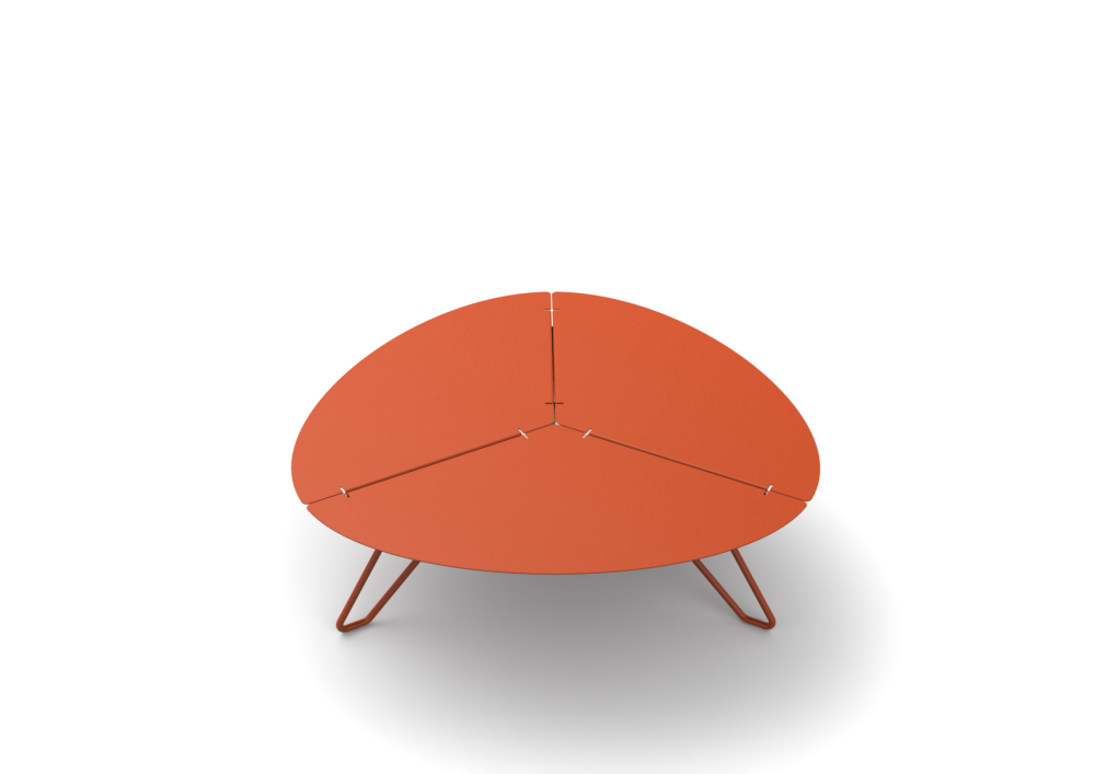 https://res.cloudinary.com/clippings/image/upload/t_big/dpr_auto,f_auto,w_auto/v1509420102/products/loo-low-triangular-table-mati%C3%A8re-grise-clippings-9599351.png