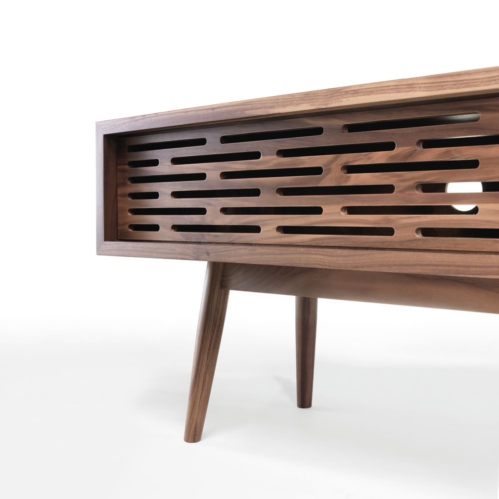 https://res.cloudinary.com/clippings/image/upload/t_big/dpr_auto,f_auto,w_auto/v1509429071/products/radio-sideboard-wewood-wewood-design-center-clippings-9599701.jpg