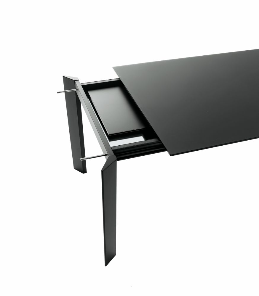 Every Dining Table - Extendable by Desalto