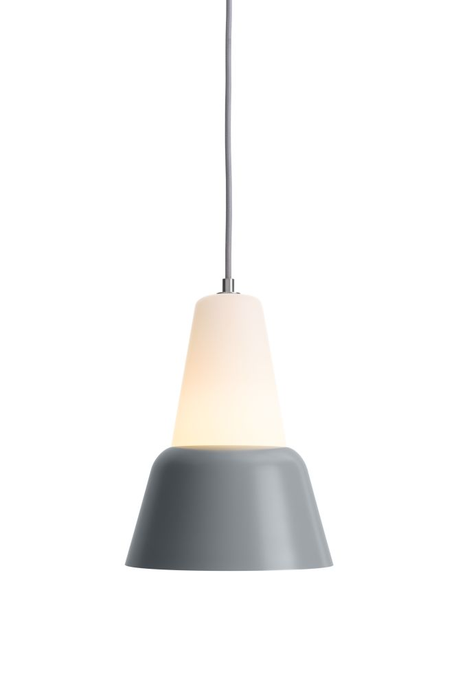 https://res.cloudinary.com/clippings/image/upload/t_big/dpr_auto,f_auto,w_auto/v1510574800/products/modu-pendant-light-large-glass-gray-teo-lena-billmeier-david-baur-clippings-1505151.jpg