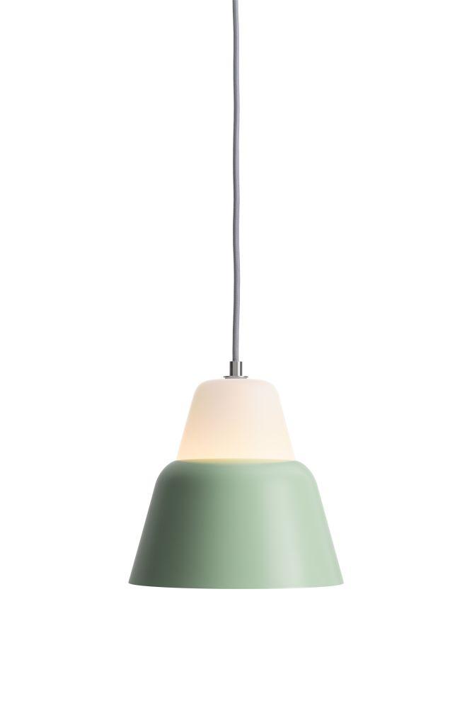 https://res.cloudinary.com/clippings/image/upload/t_big/dpr_auto,f_auto,w_auto/v1510574977/products/modu-pendant-light-medium-glass-light-green-teo-lena-billmeier-david-baur-clippings-1505231.jpg